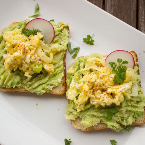 Avocado toast and vegan egg